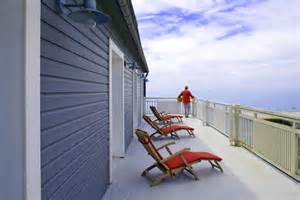 Veranda Chandelier Photo Terrasse Balcon Veranda Et H 244 Tel Bord De Mer Bleu