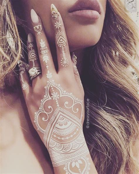 awesome henna tattoos the of henna check out cool designs read