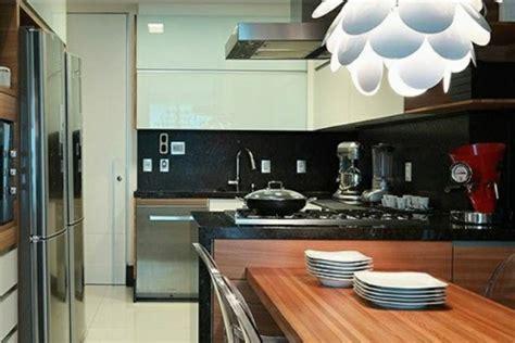 fischgräten küche backsplash k 252 che fliesenspiegel k 252 che schwarz fliesenspiegel k 252 che