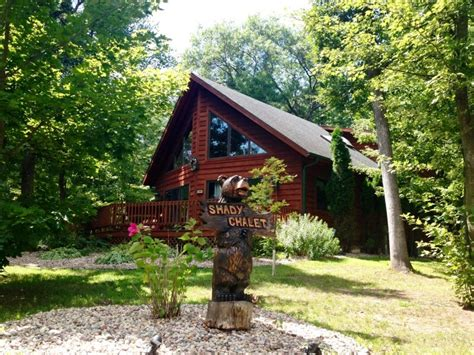 vacation homes in wisconsin dells brook vacation rentals wisconsin dells shady chalet
