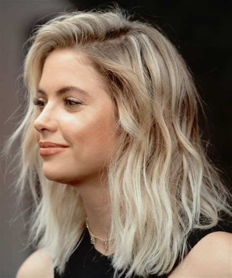 short blonde hairstyles tumblr ashley benson on tumblr