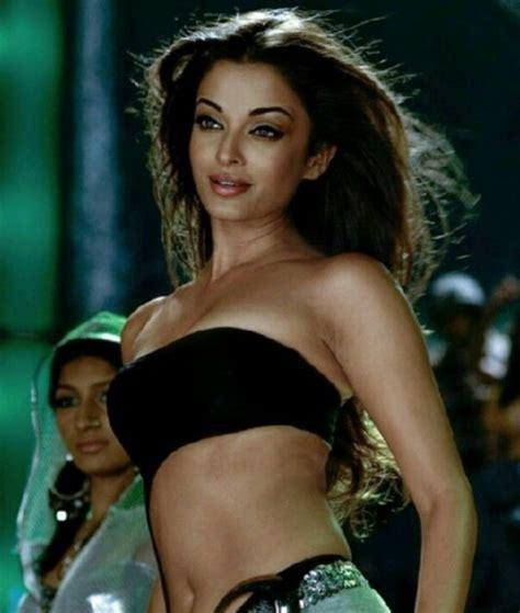 aishwarya rai sexiest navel show video published on jan 26 2016 aishwarya rai romantic hot sexy bikini navel show