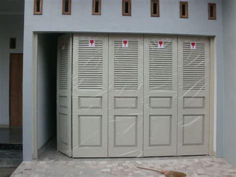 Gambar Dan Ranjang Besi gambar gambar pintu garasi besi dan galeri pintu garasi