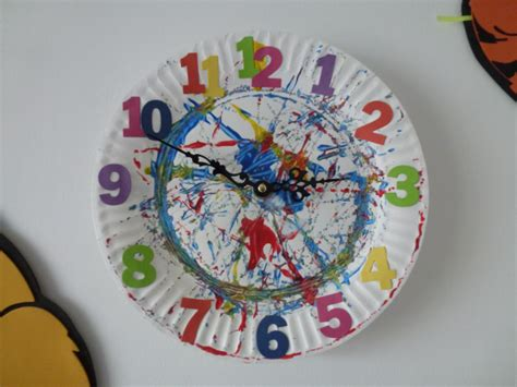 How To Make Clock From Paper Plate - lizy s house of cards paper plate clock