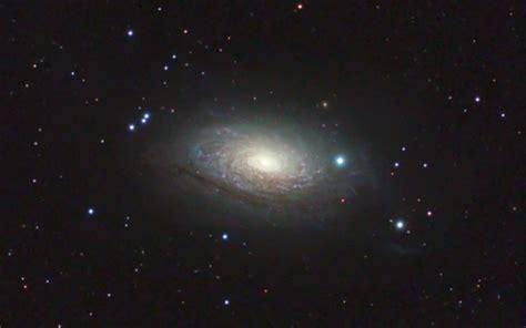 sunflower galaxy m63 the sunflower galaxy picture
