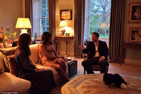 apartments in kensington palace prince george meets barack obama in his dressing gown and