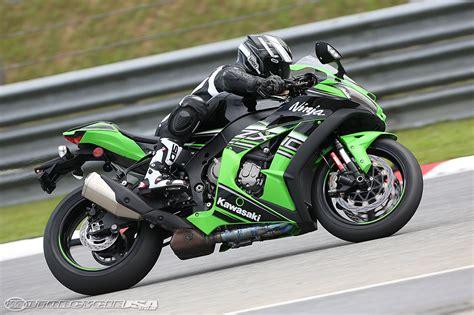 Kawasaki Zx by 2016 Kawasaki Zx 10r Ride Review Motorcycle Usa