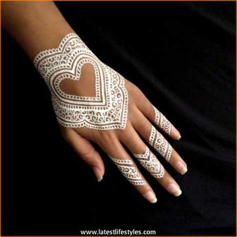henna tattoo hand bilder best 25 white henna ideas on henna tattoos