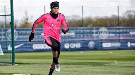neymar returns  psg training  days   injury