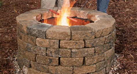 build your own backyard fire pit how to build your own fire pit bigdiyideas com