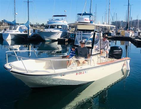 boston whaler outrage used boat sale 1983 used boston whaler outrage 20 center console fishing