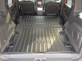 Interior Cargo Liners Cargo Area Liner Jeep Liberty Item 82210677ab
