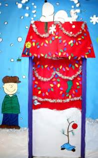 snoopy decorations snoopy decor snoopy decorated for