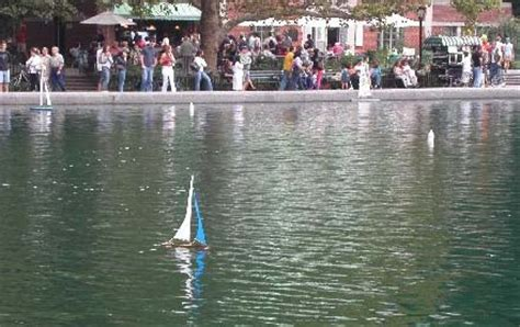 mini boats central park central park conservatory pond model sailboats pond boat