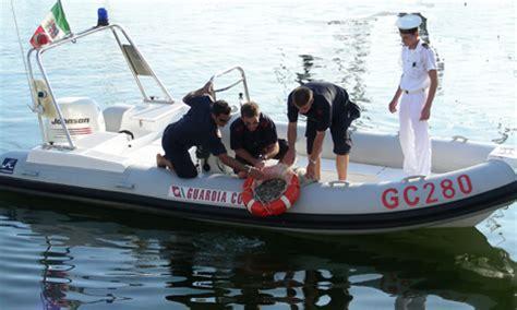 capitaneria di porto di viareggio mare sicuro 2009 la guardia costiera di viareggio quot pesca