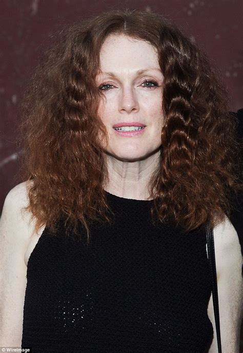 Julianne Moore Curly Hair | julianne moore shows off 70s style frizzy hair at music