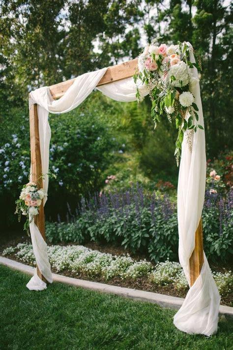 backyard wedding ceremony 25 best ideas about backyard wedding decorations on