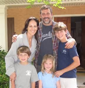 Jeffrey dean morgan and his quot fields quot family jeffrey dean morgan info