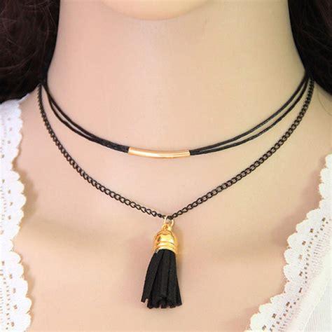 black tassel pendant decorated layer design
