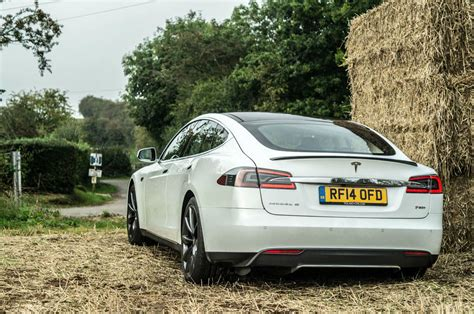 Tesla Model S P85 Top Speed Tesla Model S P85 Plus Review Speed Redefined Carwitter
