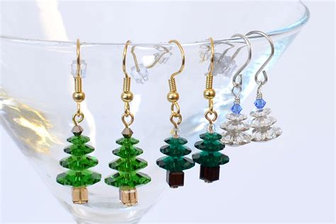 make margarita christmas tree earrings to make merry