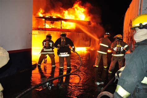 imagenes impresionantes de bomberos bomberos imagui