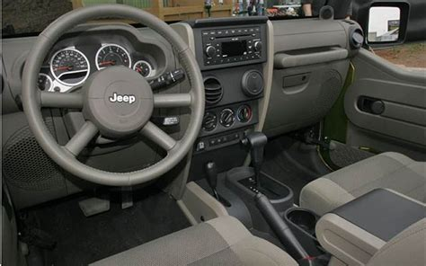 2007 jeep wrangler unlimited interior view