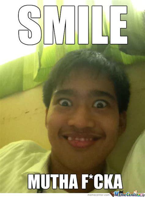 Meme Smile - smile by klouieanne18 meme center