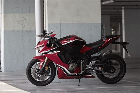 Motorrad Honda Werl by Honda Cbr1000rr Fireblade Alle Technischen Daten Zum