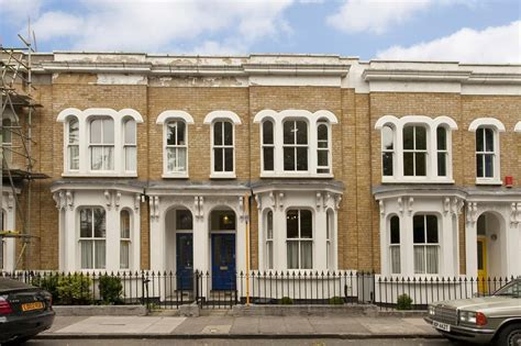 three bedroom house for sale in london 3 bedroom terraced house for sale in lichfield road london e3 e3