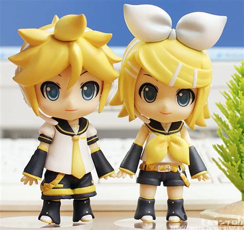 Nendoroid Kagamine Rin Cheerful Ver Kws smile company s newest cheerful japan additions nendoroid rin and len plastikitty