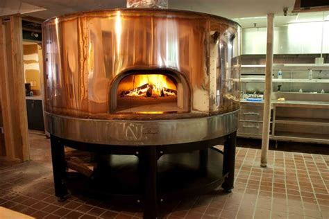 5 Creative other uses for a commercial wood fired pizza oven