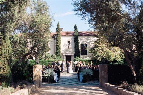 Wedding Venues Santa Barbara by A Classic Wedding With Rustic Touches At A Villa In Santa