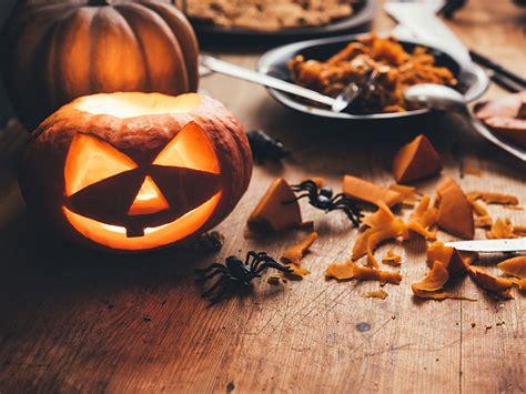 why do we carve pumpkins for why do we carve pumpkins at britannica