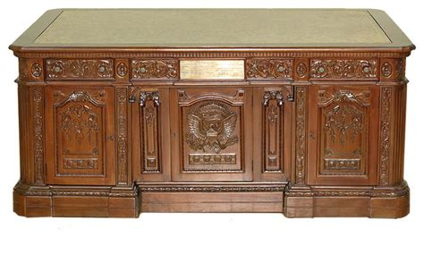 oval office desks mbw furniture solid mahogany presidental oval office resolute desk 6 view in your room