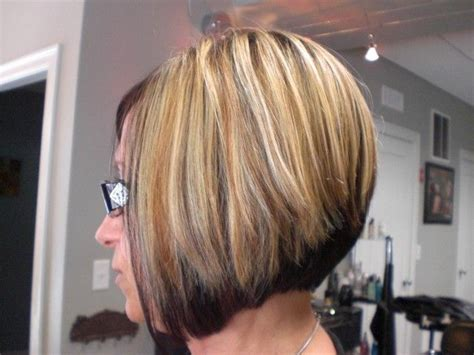 blonde top dark bottom hair short bob hairstyle dark on bottom light on top foiled
