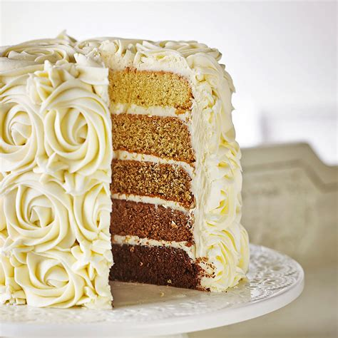 kuchen mit zuckerguss ombr 233 kuchen mit zuckerguss aus butterkaramell