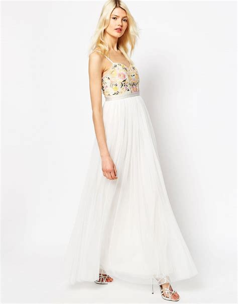 Dress Yoel agyness deyn shares stunning wedding snaps as she ties the