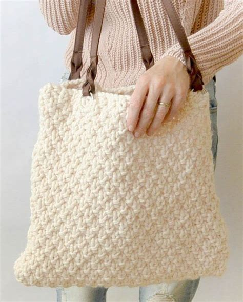 knitted zippered pouch pattern 1000 ideas about knitting bags on pinterest needle case