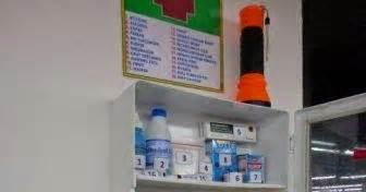 Pinset P3k isi kotak p3k informasi kesehatan dan keselamatan kerja