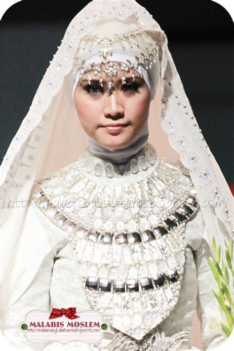 by dian pelangi wedding dress dian pelangi wedding dress newhairstylesformen2014 com