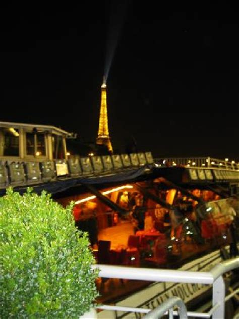 bateaux mouches wheelchair dinner cruise night view picture of bateaux mouches