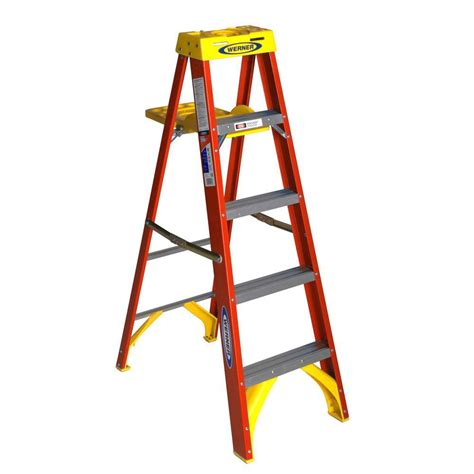 werner 5 ft fiberglass step ladder with shelf 300 lb