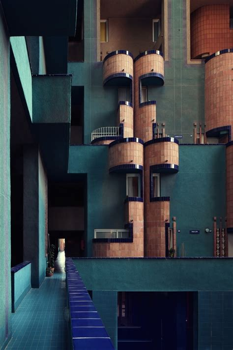 ricardo bofill the peculiar charm of walden7 cluster world ricardo