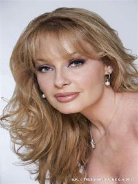imagenes de maya mishalska lista mejor actriz co estelar actualmente televisa