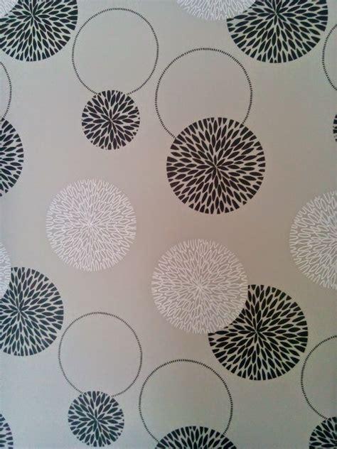 wallpaper cantik dan murah lakukan apa saja yang disukai wallpaper di ruang tamu