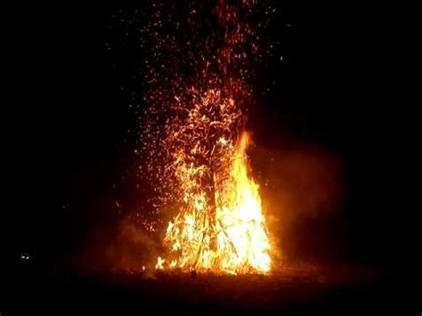 exploding christmas tree 2010 youtube