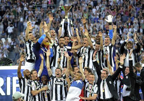 sport zone club sepak bola eropa  peraih trofi