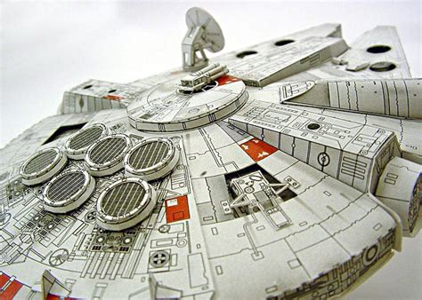 Millenium Falcon Papercraft - make your own papercraft through sf paper craft gallery