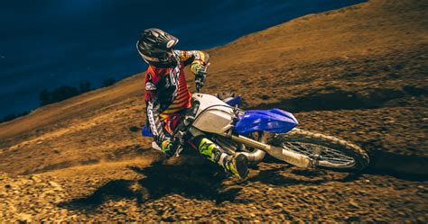 Pelung Ban Renang Pre Historic Rider 1 2015 yamaha yz250 dirt bike test